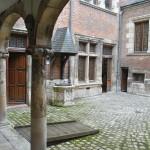Cour intérieur de l'Hôtel Cabu
